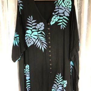 Tops - Plus size 6X v neck shirt